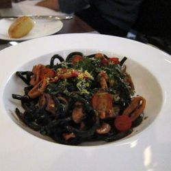 """Squid Ink pasta at Riverpark by <a href=""""http://www.flickr.com/photos/chris6sigma/5253322928/in/pool-29939462@N00/"""">ExFlexitarian</a>"""