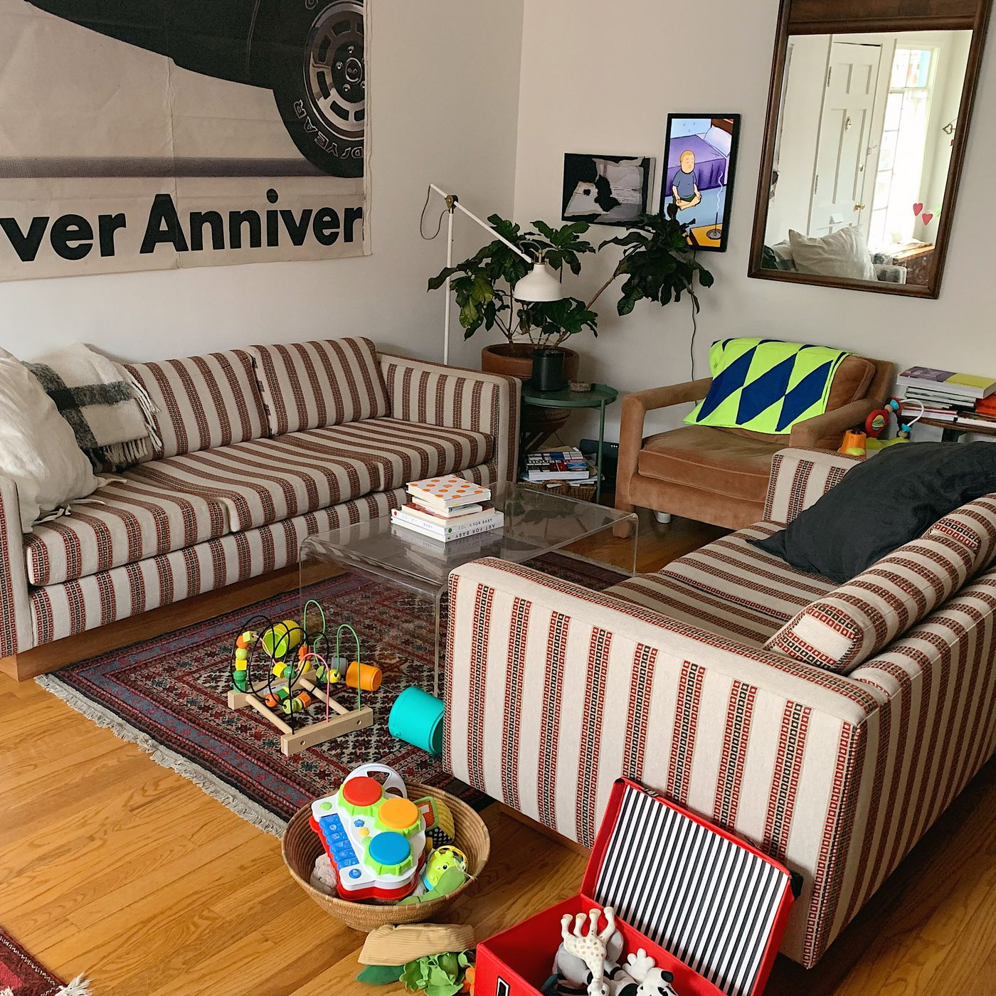 How To Reupholster A Couch On Budget