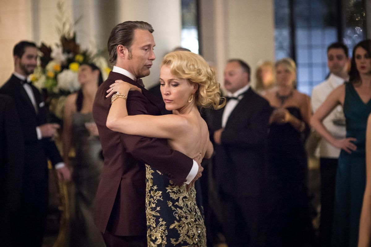Hannibal Lecter (Mads Mikkelsen) forces Bedelia DuMaurier (Gillian Anderson) to act as his fake wife while living under an assumed identity in Europe in the spectacular new season of Hannibal.