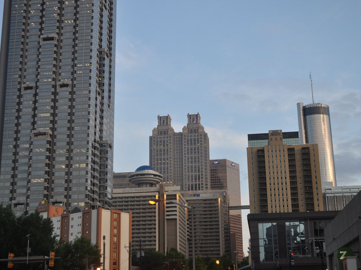 A group of tall buildings and skyscrapers in the Atlanta skyline.