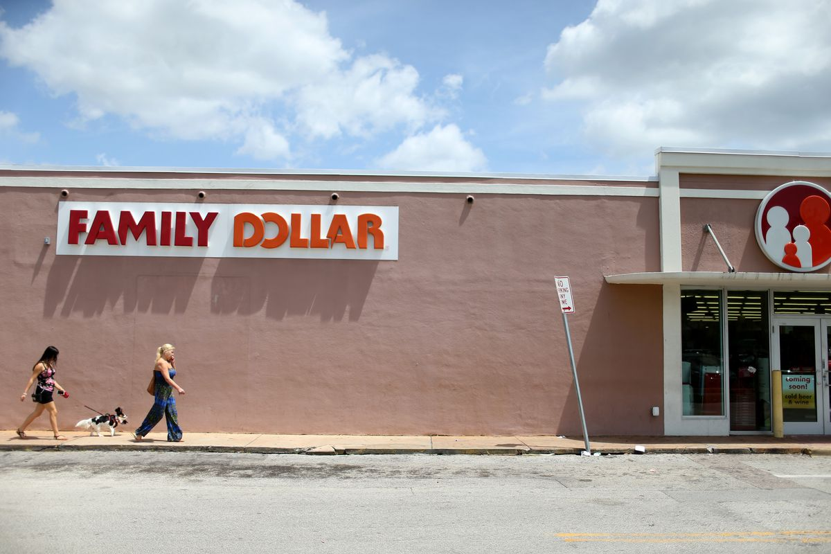 badc9fea6a Dollar Tree is closing almost 400 Family Dollar stores this year - Vox