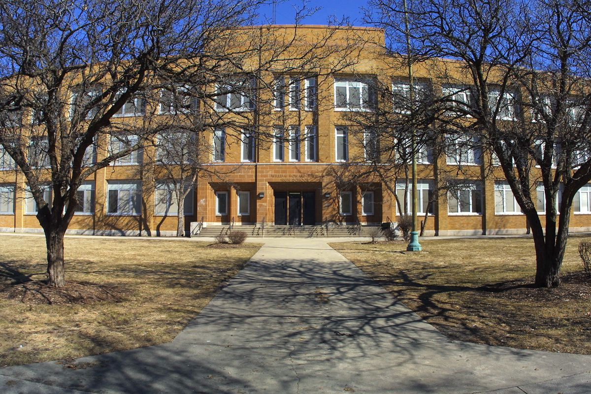 Taft High School is one of Chicago Public Schools' most overenrolled campuses. In 2019, it will spin off its freshman class to a separate campus.