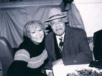 """Mavis Staples poses with her father and music mentor, Roebuck """"Pops"""" Staples, in the early 1960s. (Photo: Joe Alper Courtesy of Joe Alper Photo Collection LLC/Courtesy of HBO)"""