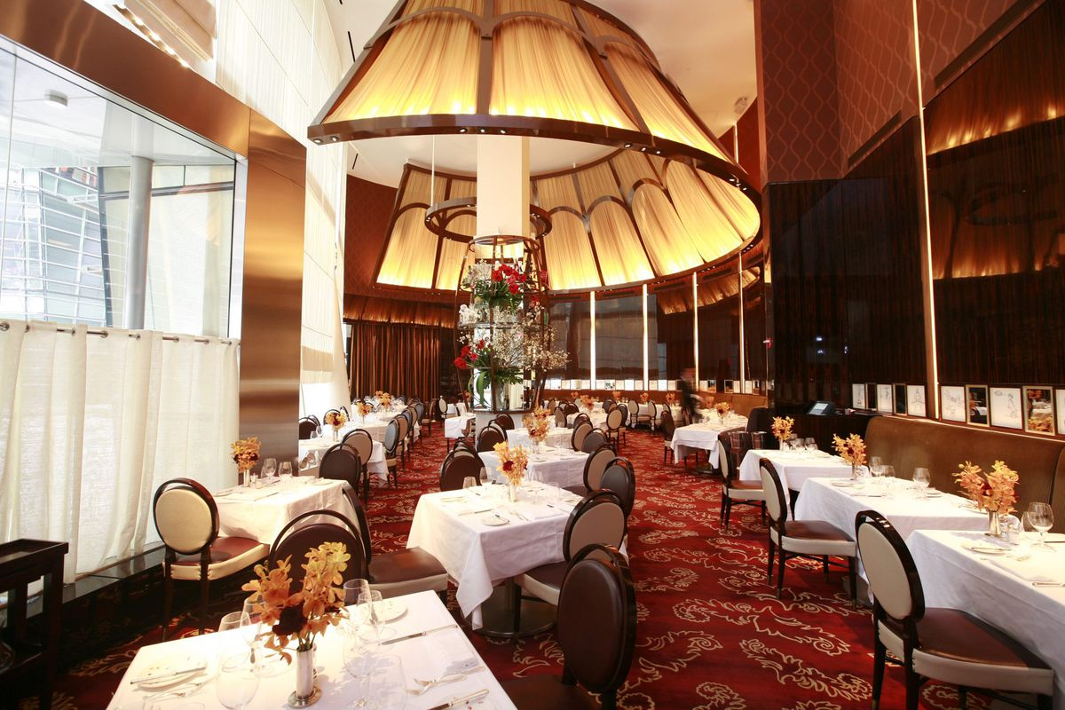 Le Cirque Will Likely Close After New Year S Eve Eater Ny