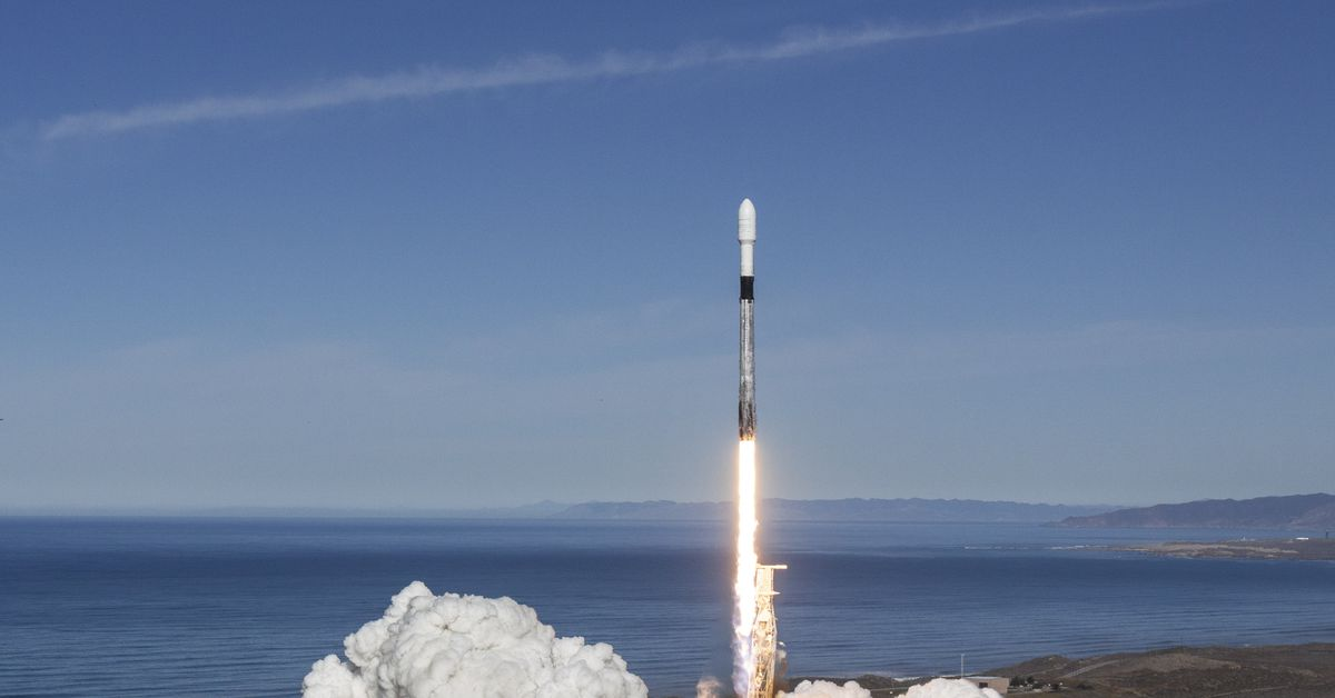 SpaceX's next Starlink launch will boost three hitchhiking satellites to orbit thumbnail
