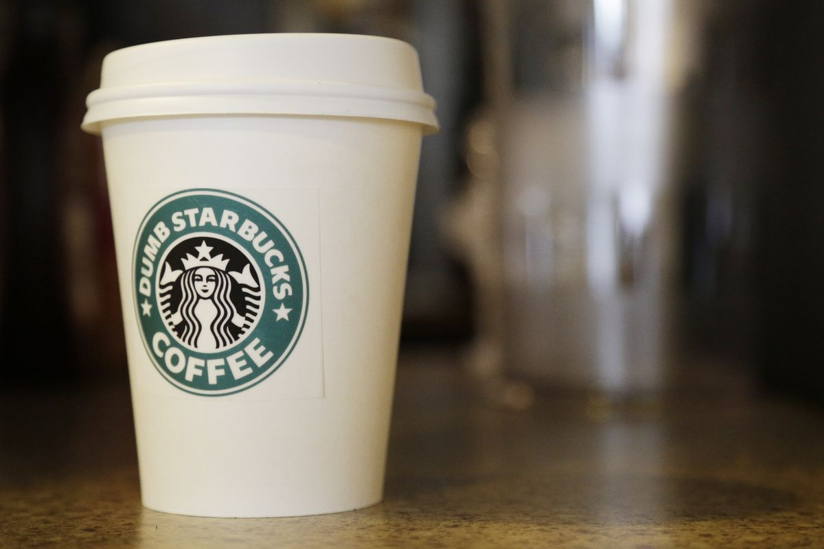 shady customer scams starbucks into giving him free coffee for a