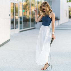"""SF blogger Nichole Ciotti embodies summer with pleats and a crop top; photo via <a href=""""http://vanillaextract.me/perfect-pleats/"""">Vanilla Extract</a>"""