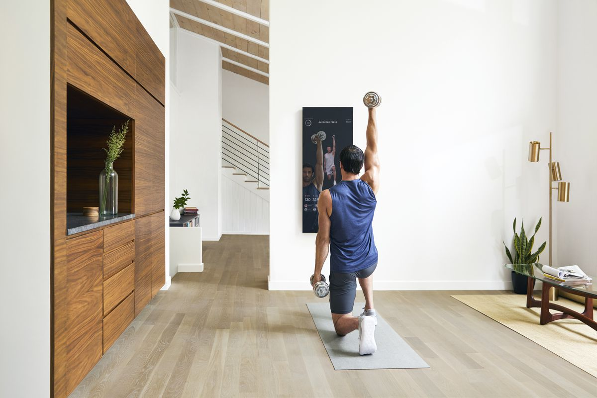 This $1 500 mirror streams live fitness classes to compete with