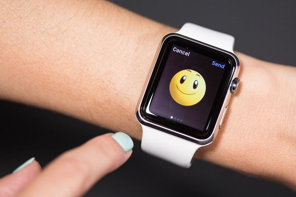 What It's Like to Have a Friend With an Apple Watch