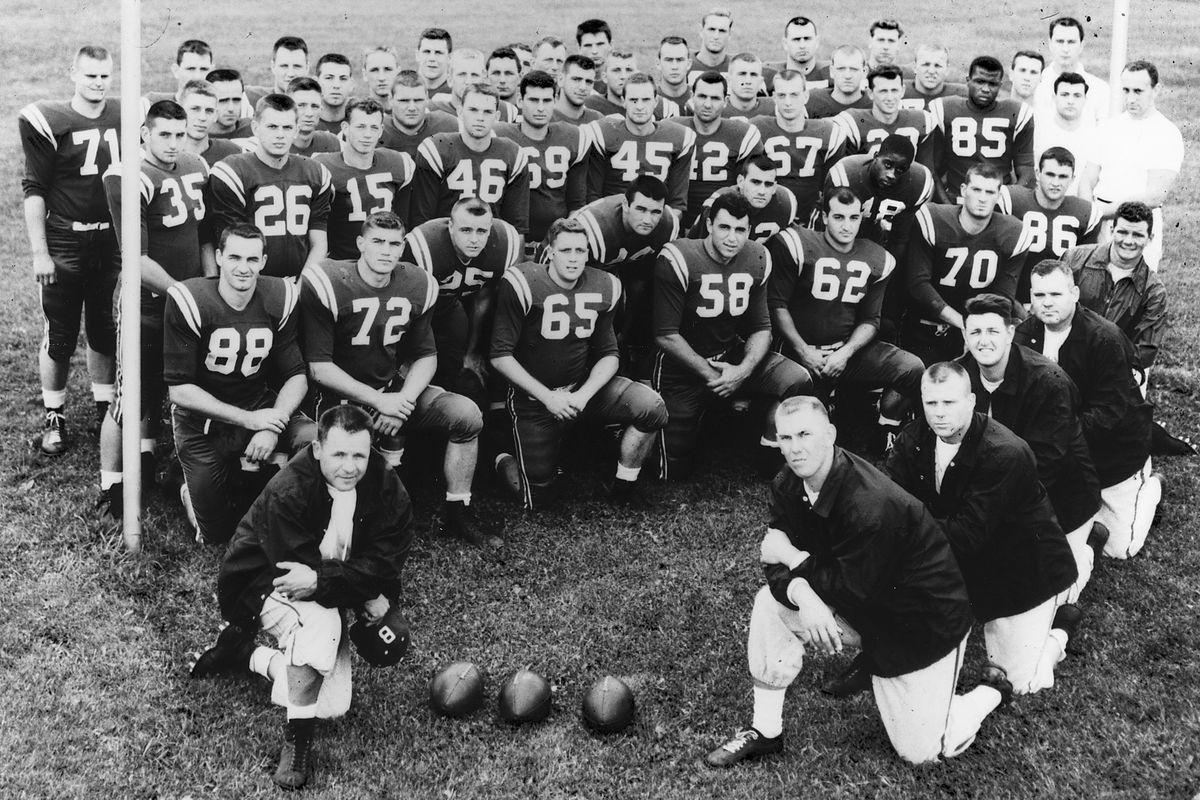 University (of) Buffalo 1958 Football Team - Buffalo Bulls