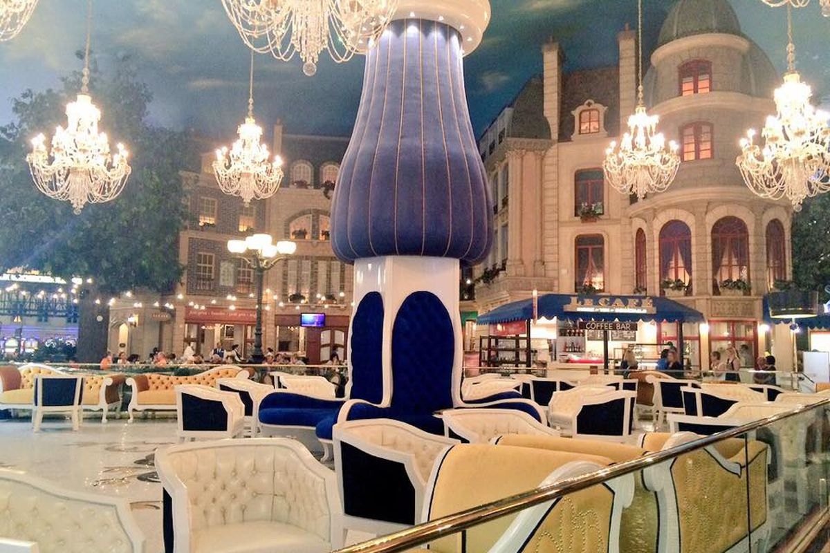 Meet le central the new lobby bar at paris las vegas eater vegas - Bar le central ...