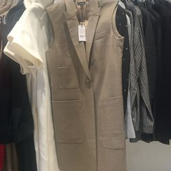 The Steven Alan sample sale kicked off at 12 p.m., this afternoon at 150 Greene Street, offering up to 75% off clothing and accessories, like this dress from its in-house label, $85