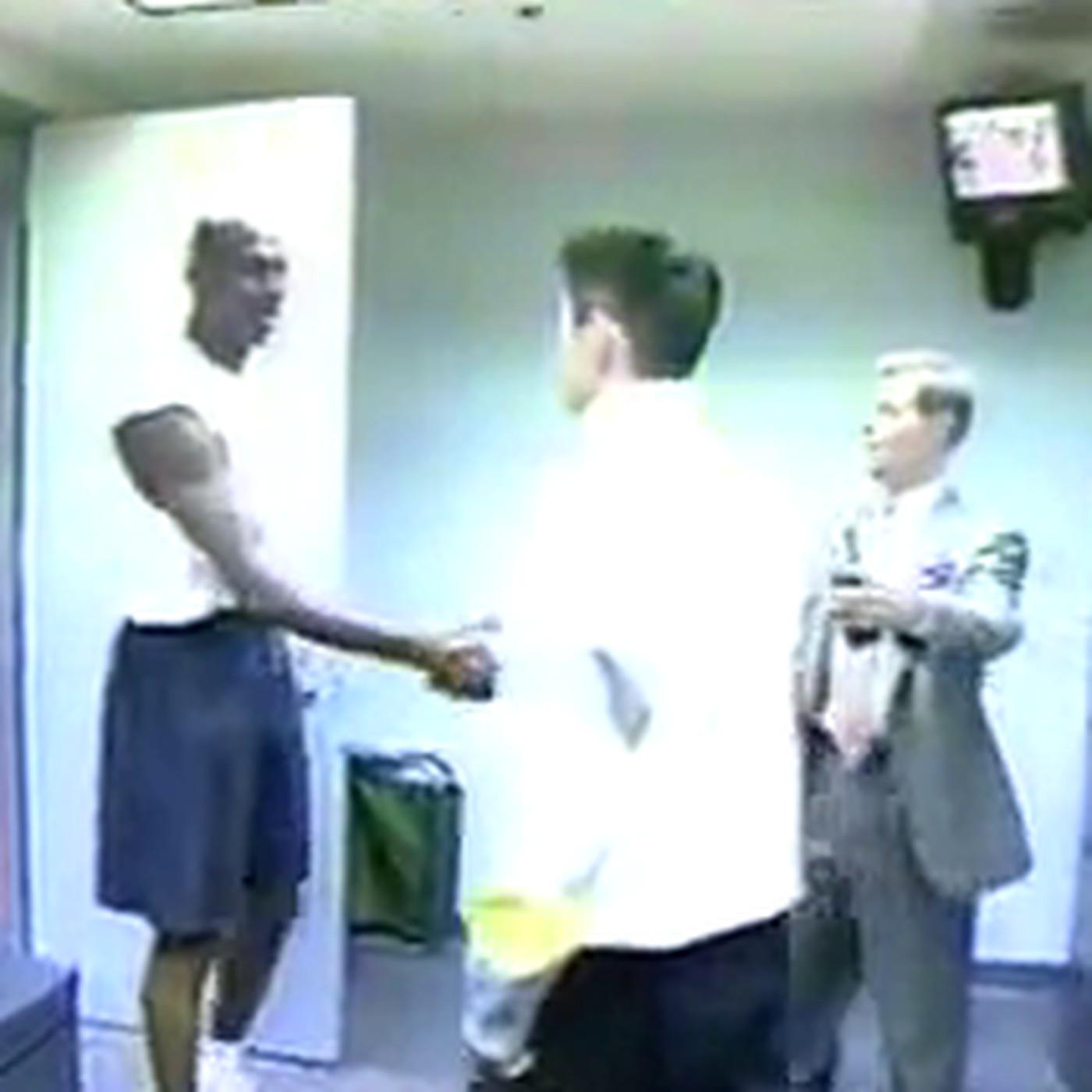 20 Years Ago This Week A Baby Faced Turtleneck Wearing Ichiro Young Red Suzuki Met Michael Jordan