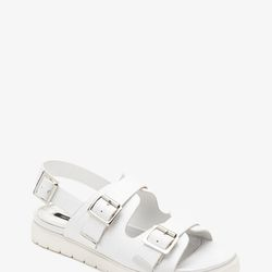 """Crackled Faux Leather Slingback Sandals, <a href=""""http://www.forever21.com/Product/Product.aspx?BR=f21&Category=shoes&ProductID=2000054046&VariantID="""">$27.90</a>"""