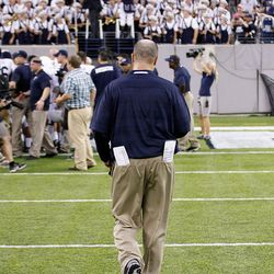 O'Brien leaves the field