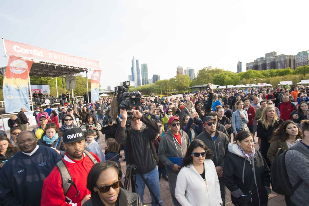 Crowds turned out Saturday as Buckingham Fountain was turned on for the season. Chicago Park District
