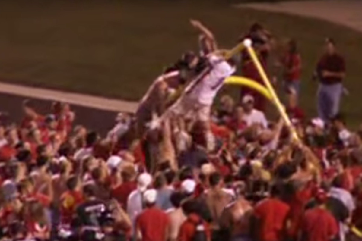 In 2006, the Arkansas State Red Wolves tore down the goal posts. For Army.