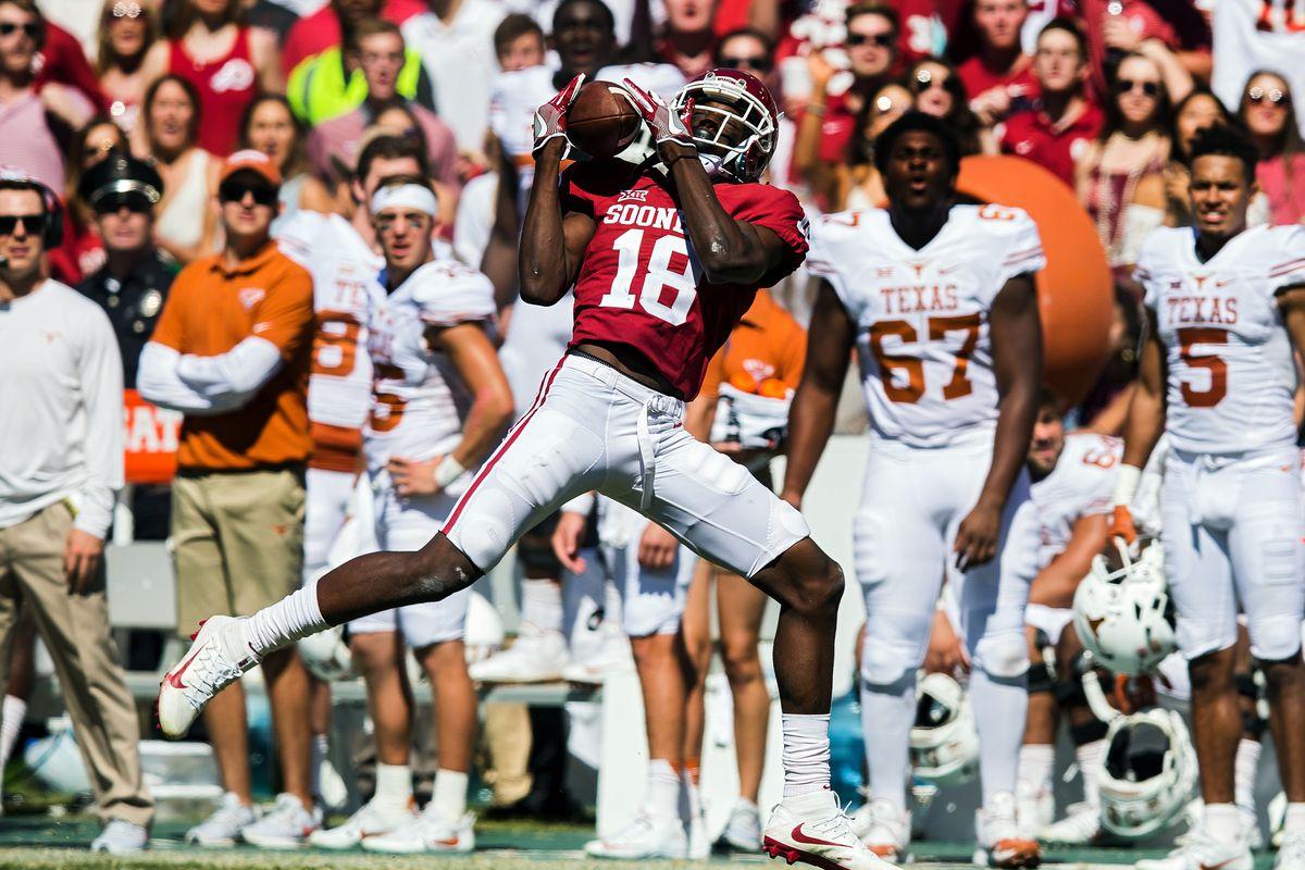 NCAA FOOTBALL: OCT 08 Oklahoma v Texas