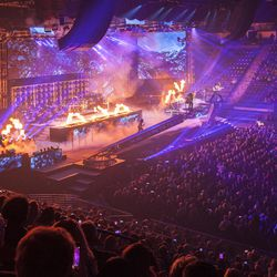 Christmas Concerts.Trans Siberian Orchestra Celebrates 20 Years Of Christmas
