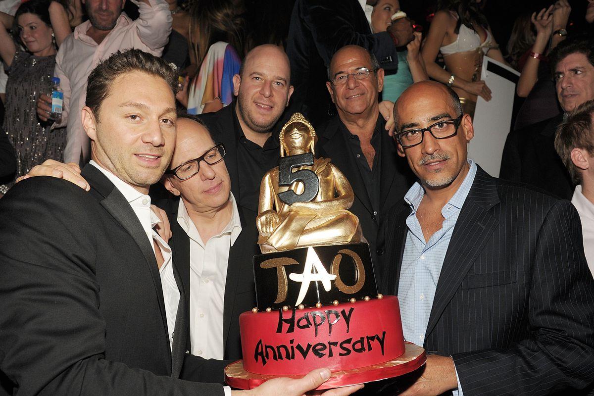 Jason Strauss, Rich Wolf, Noah Tepperberg, Marc Packer and Lou Abin at Tao.