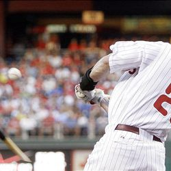 Philadelphia Phillies' Jayson Werth breaks his bat on a ground out to third in the first inning.