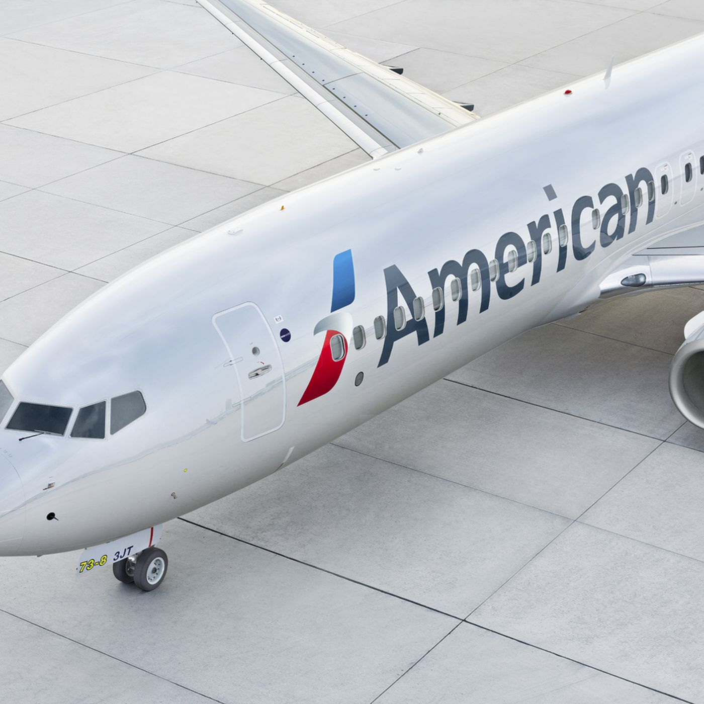 Pilots just sued American Airlines to force a halt to China flights - The  Verge