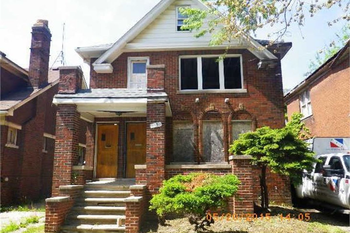 Detroit land bank to auction russell woods homes tomorrow for Tomorrow homes
