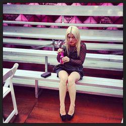 "Kate enjoys a beverage with a namesake twisty straw. Photo via <a href=""http://instagram.com/p/X5pbiqkOV0/"">mallaryanna/Instagram."