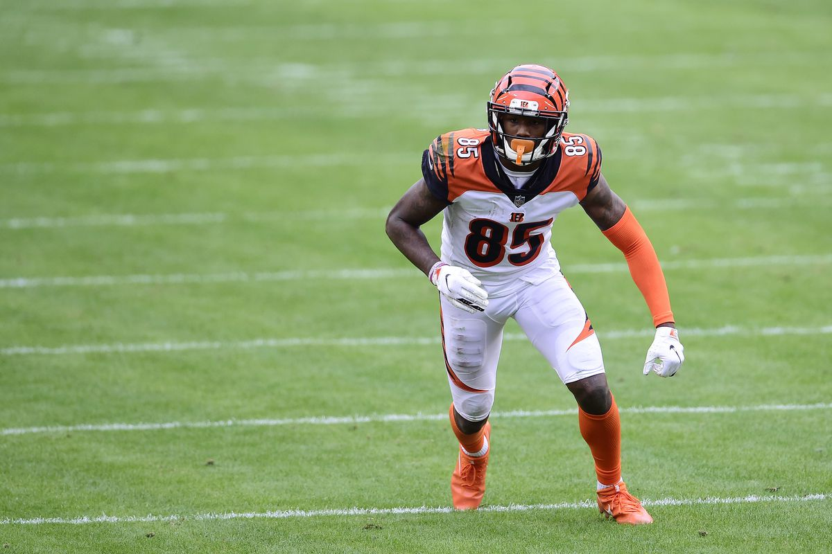 Tee Higgins #85 of the Cincinnati Bengals in action against the Washington Football Team in the first half at FedExField on November 22, 2020 in Landover, Maryland.