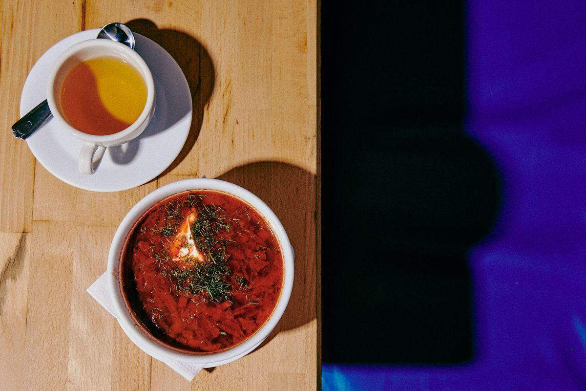 Borscht with tea