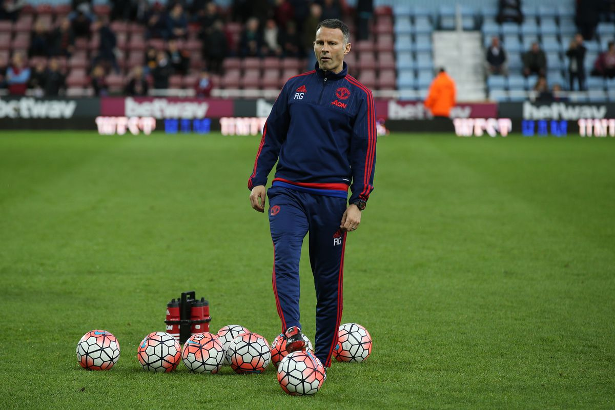 West Ham United v Manchester United - The Emirates FA Cup Sixth Round Replay