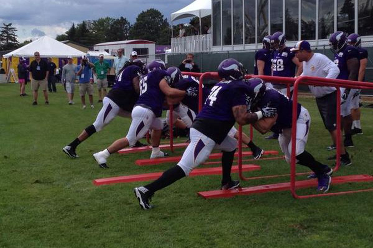Offensive line drills during the afternoon practice.