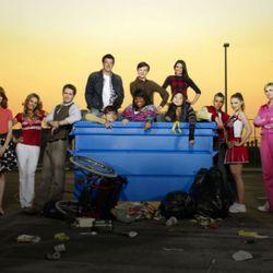 """Image via <a href=""""http://www.film.com/tv/glee-keep-it-or-dump-it#fbid=RfliDr3JjNd"""" rel=""""nofollow"""">www.film.com/tv/glee-keep-it-or-dump-it#fbid=RfliDr3JjNd</a>"""