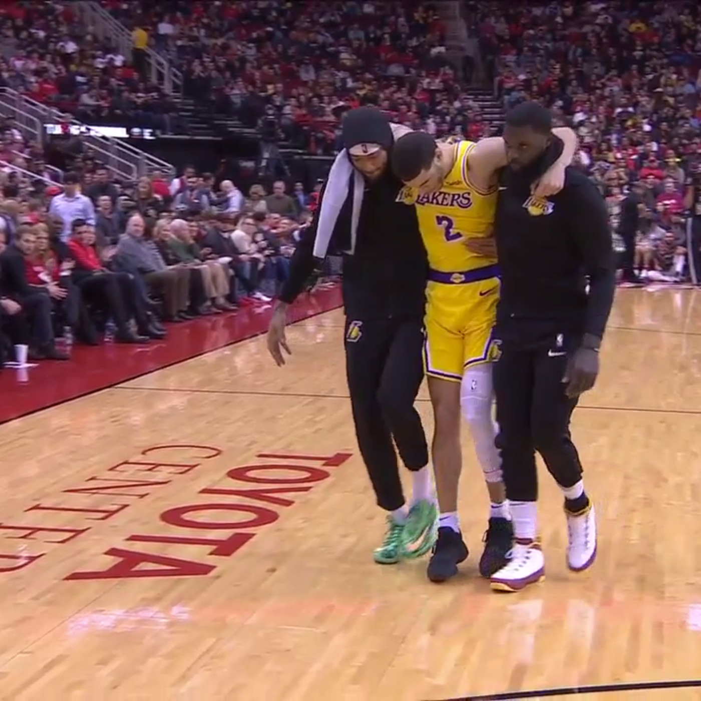 a54c7beb6dc Lonzo Ball injury  He had to be helped off after ankle sprain vs. Rockets -  SBNation.com