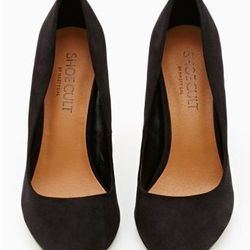 """<a href=""""http://www.nastygal.com/product/luxe-pump/_/searchString/shoe%20cult"""">Luxe Pump,</a> $78"""