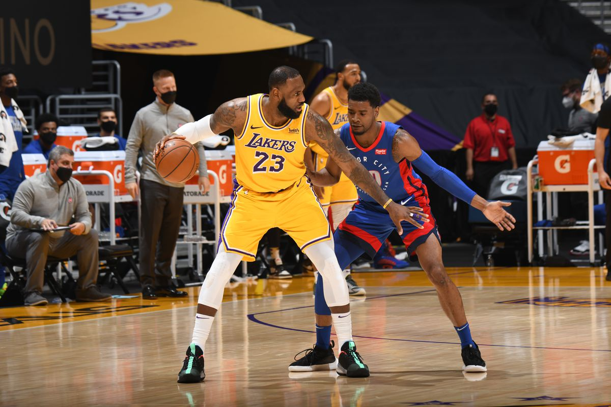 Thunder vs. Lakers picks: Best bets, pick against the spread, player prop  predictions on Monday, Feb. 8 - DraftKings Nation