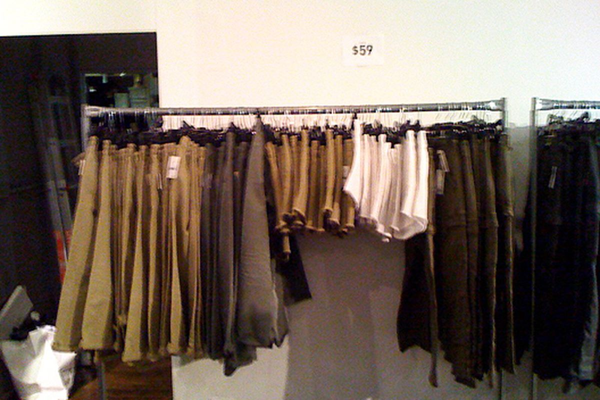 """Theory skirts on sale via <a href=""""http://samplesally.com/2011/01/27/a-whole-lotta-theory-at-the-theory-sample-sale/"""">Sample Sally</a>"""
