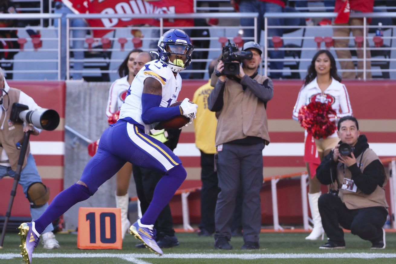 NFL: NFC Divisional Round-Minnesota Vikings at San Francisco 49ers