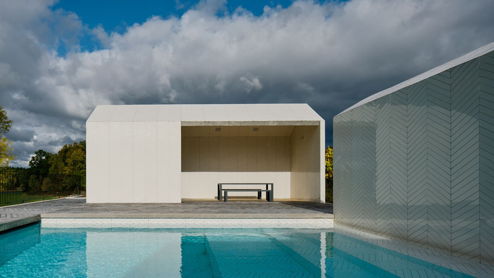 Spa In Swimming Pool: Striking Swimming Pool Complex Is Clad Entirely In A White
