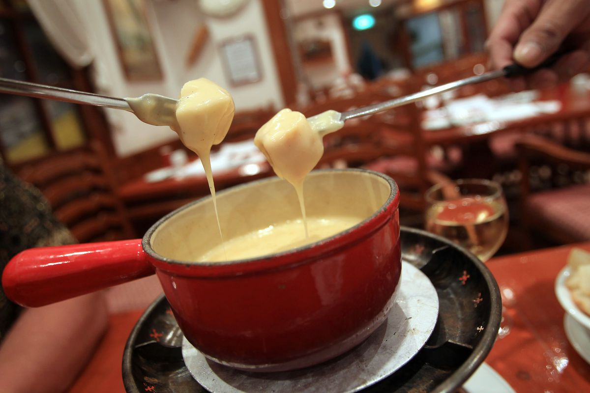 Cheese fondue from The Swiss Chalet on Hart Avenue in Tsim Sha Tsui. 20OCT11