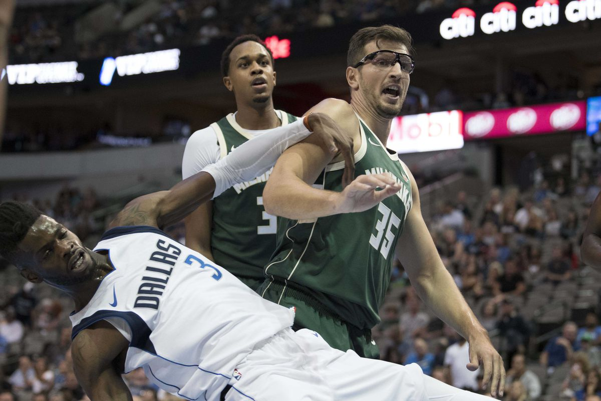 NBA: Preseason-Milwaukee Bucks at Dallas Mavericks