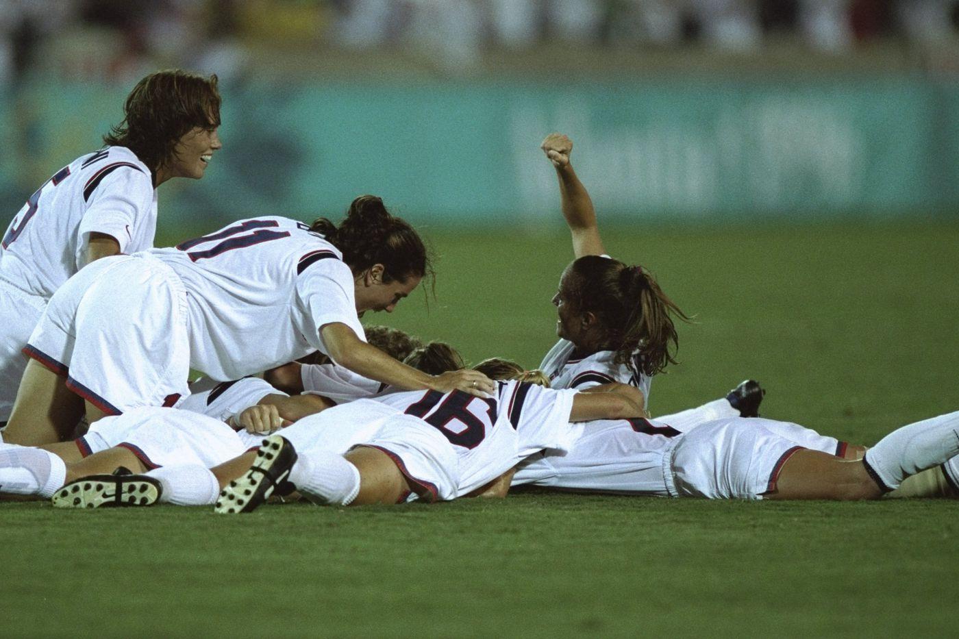 UNC Olympians: Seven Tar Heels win women's soccer gold at Atlanta 1996