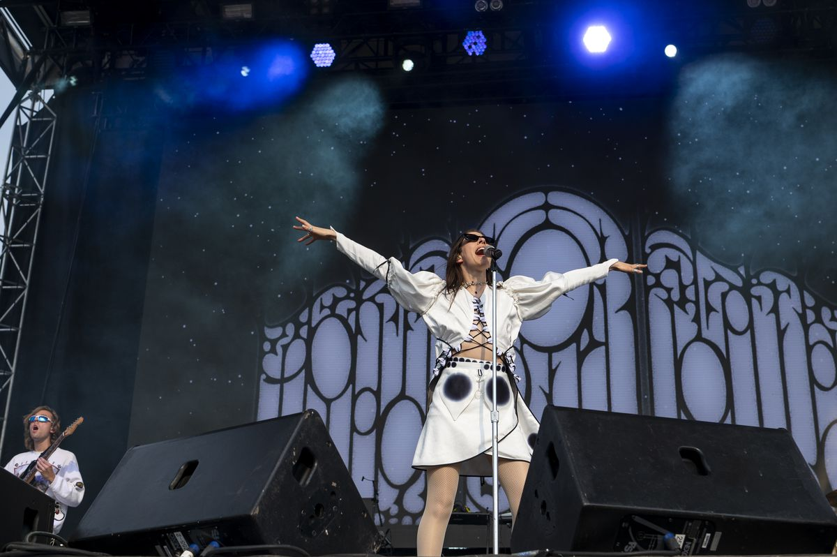 Caroline Polachek performs at the Green Stage at Pitchfork music festival at Union Park, Sunday, Sept. 12, 2021.   Tyler LaRiviere/Sun-Times