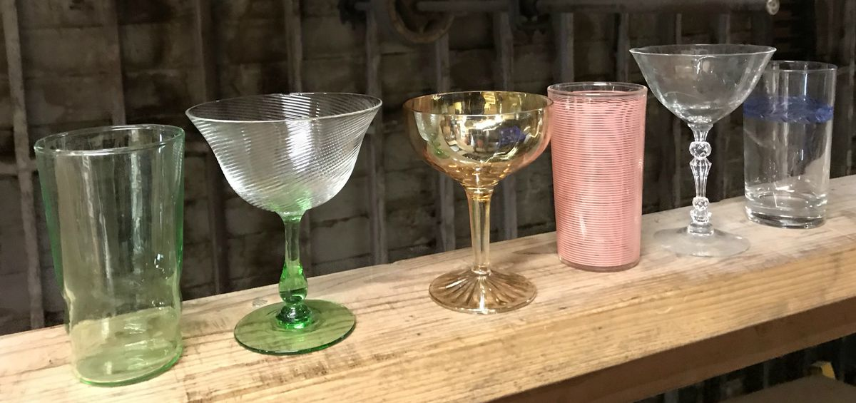 How to Buy Antique and Vintage Cocktail Glasses for Your