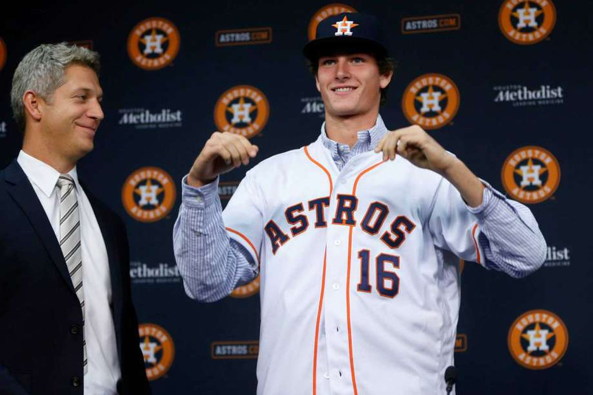 Forrest Whitley signed with the Astros for $3.148 million