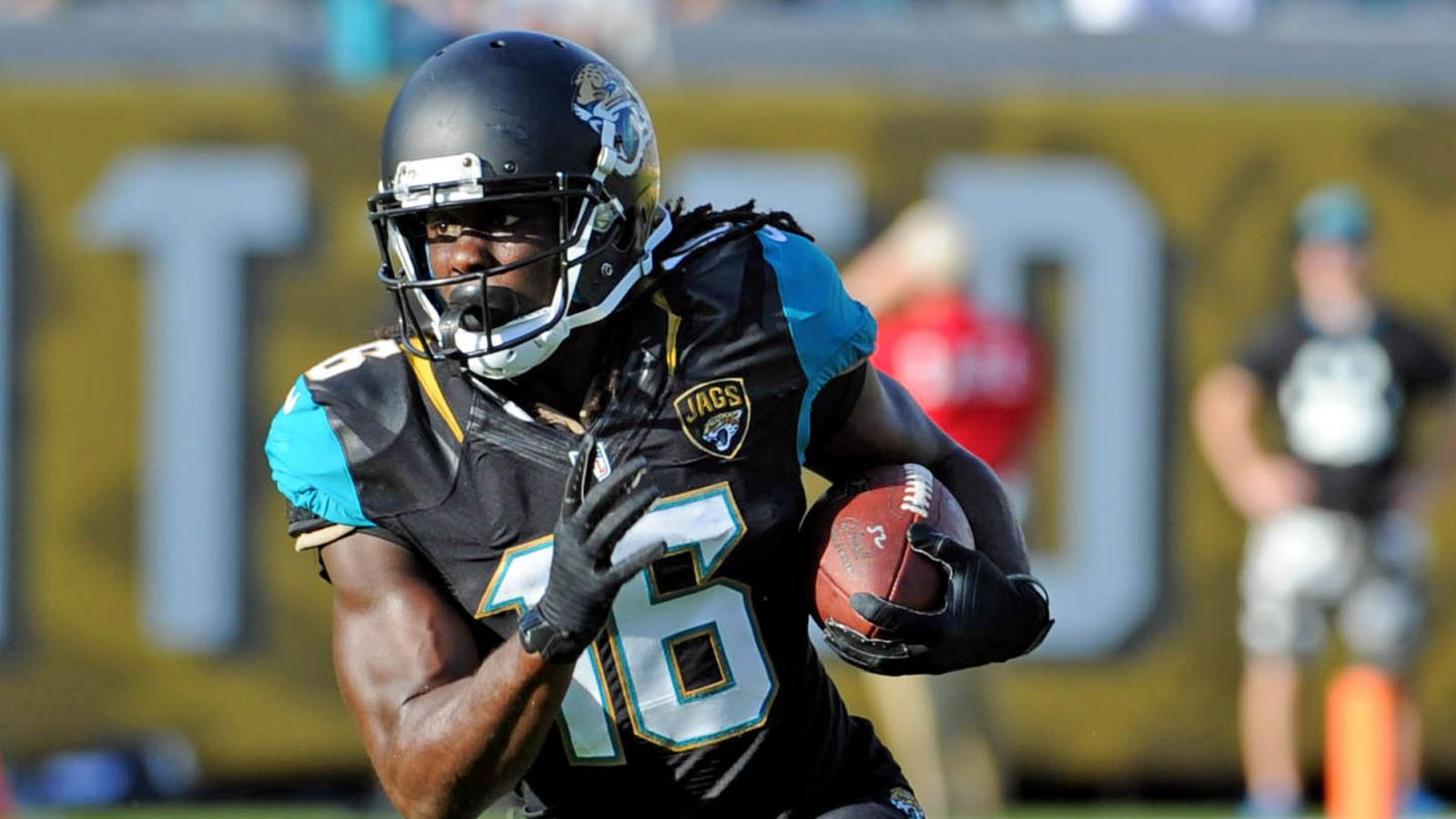 Denard Robinson Couldn T Keep His Hand Open In 2013 Big