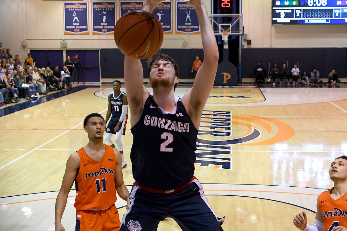 Gonzaga Bulldogs forward Drew Timme goes up for a dunk in the second half of the game against the Pepperdine Waves at Firestone Fieldhouse.