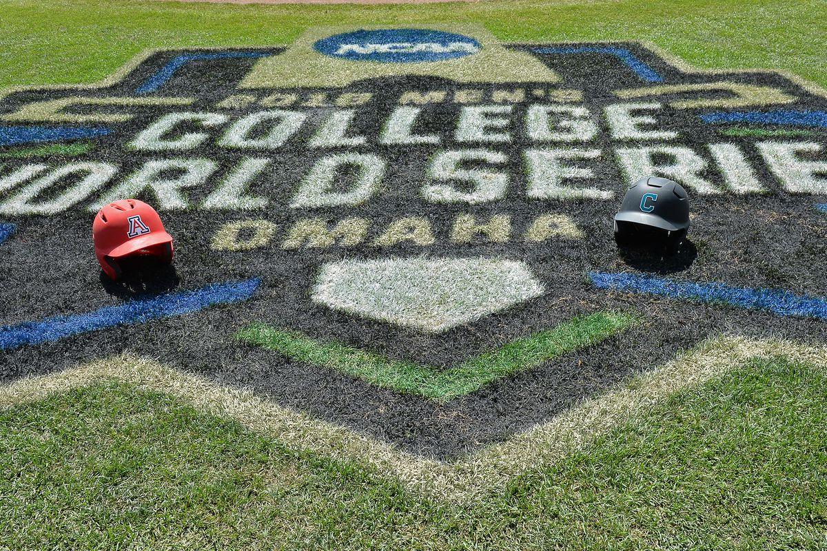College World Series - Arizona v Coastal Carolina - Game Three