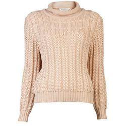 "<b>Yves Saint Laurent</b> 1970s Sweater, <a href=""http://www.farfetch.com/shopping/women/yves-saint-laurent-vintage-1970s-sweater-item-10306946.aspx?storeid=9437"">$375</a> at Amarcord"