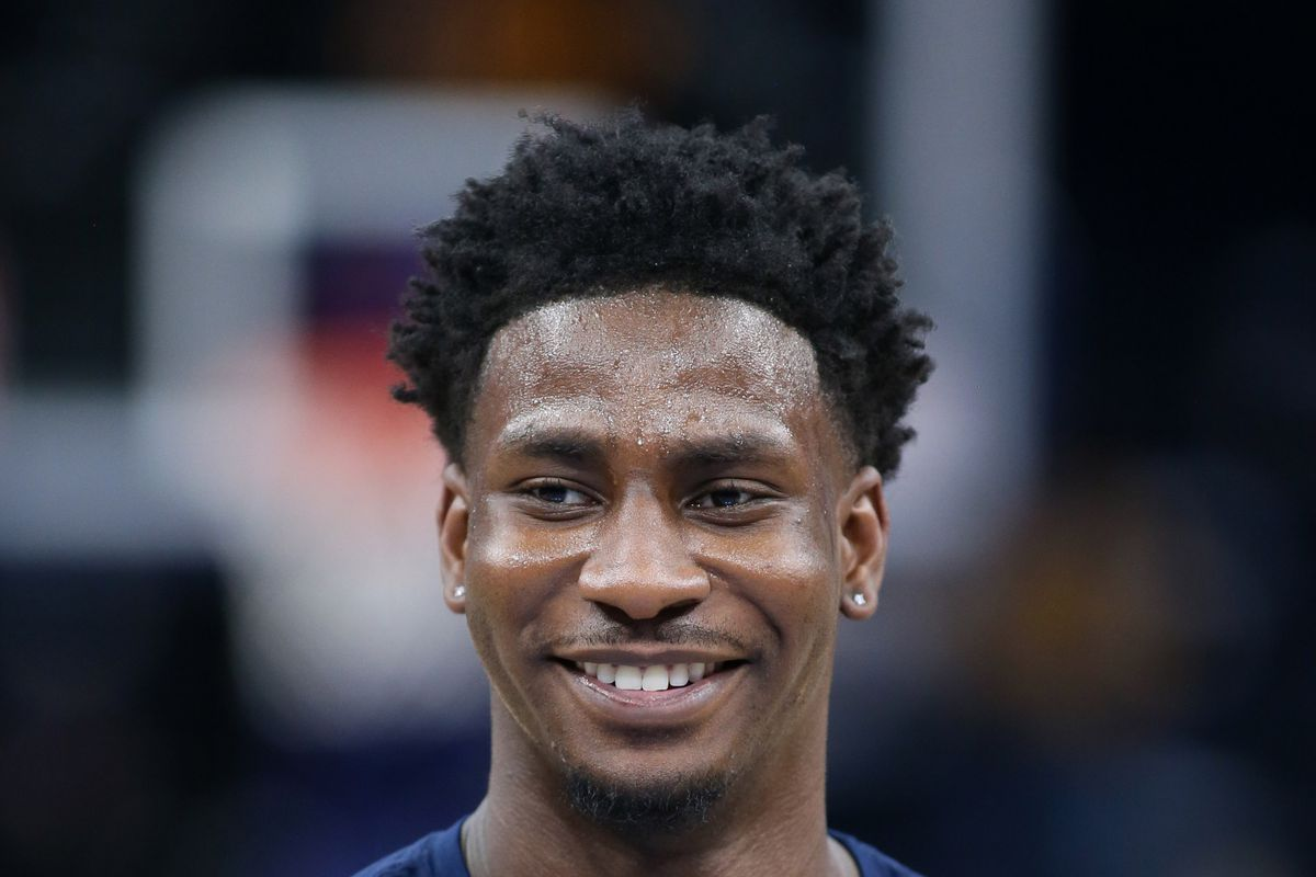 Memphis Grizzlies forward Jaren Jackson Jr. warms up prior to the game against the Los Angeles Lakers at FedExForum.